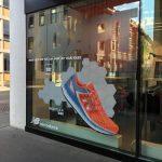 Schaufensterbeschriftung mit Glasdekor und Digitaldruck